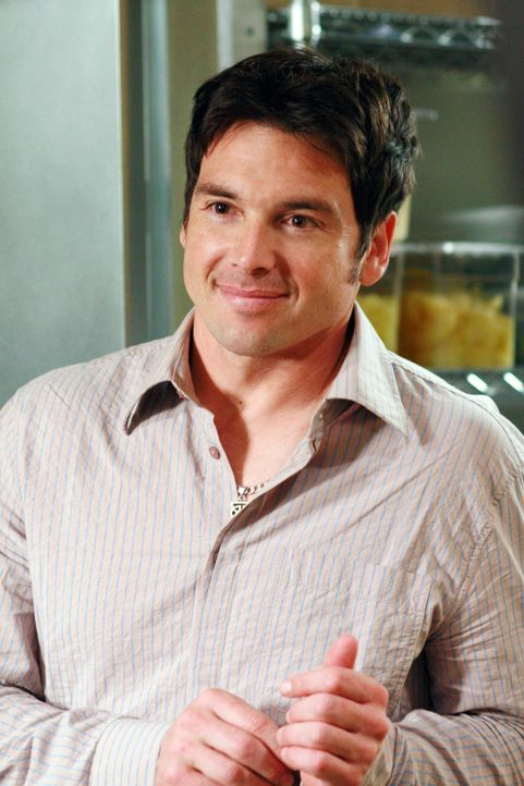 Hat sich in Lynette verliebt: Rick (Jason Gedrick) ... - Bildquelle: 2005 Touchstone Television  All Rights Reserved