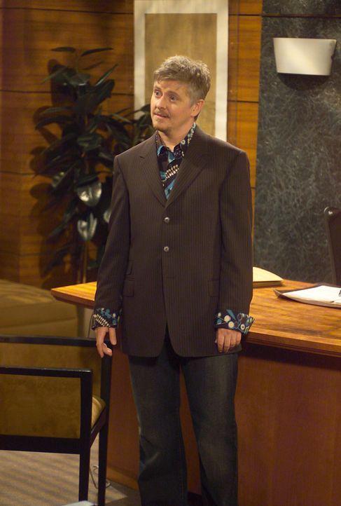 Will hat einen neuen Mandanten, den schwulen Stuart (Dave Foley), und dieser hat ein ganz spezielles Anliegen ... - Bildquelle: Chris Haston NBC Enterprises International