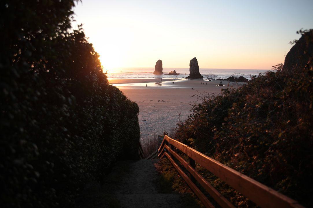 Dem stressigen Stadtleben entfliehen, morgens vom Kreischen der Möwen geweckt werden und am Abend die Sonne im Meer versinken sehen, das wünschen si... - Bildquelle: 2013,HGTV/Scripps Networks, LLC. All Rights Reserved