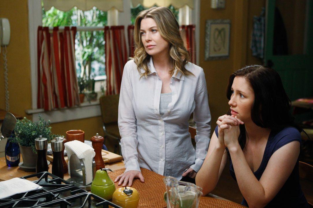 Meredith (Ellen Pompeo, l.) und Lexie (Chyler Leigh, r.) sind total überrascht, als Izzie wieder zurückkehrt ... - Bildquelle: Touchstone Television
