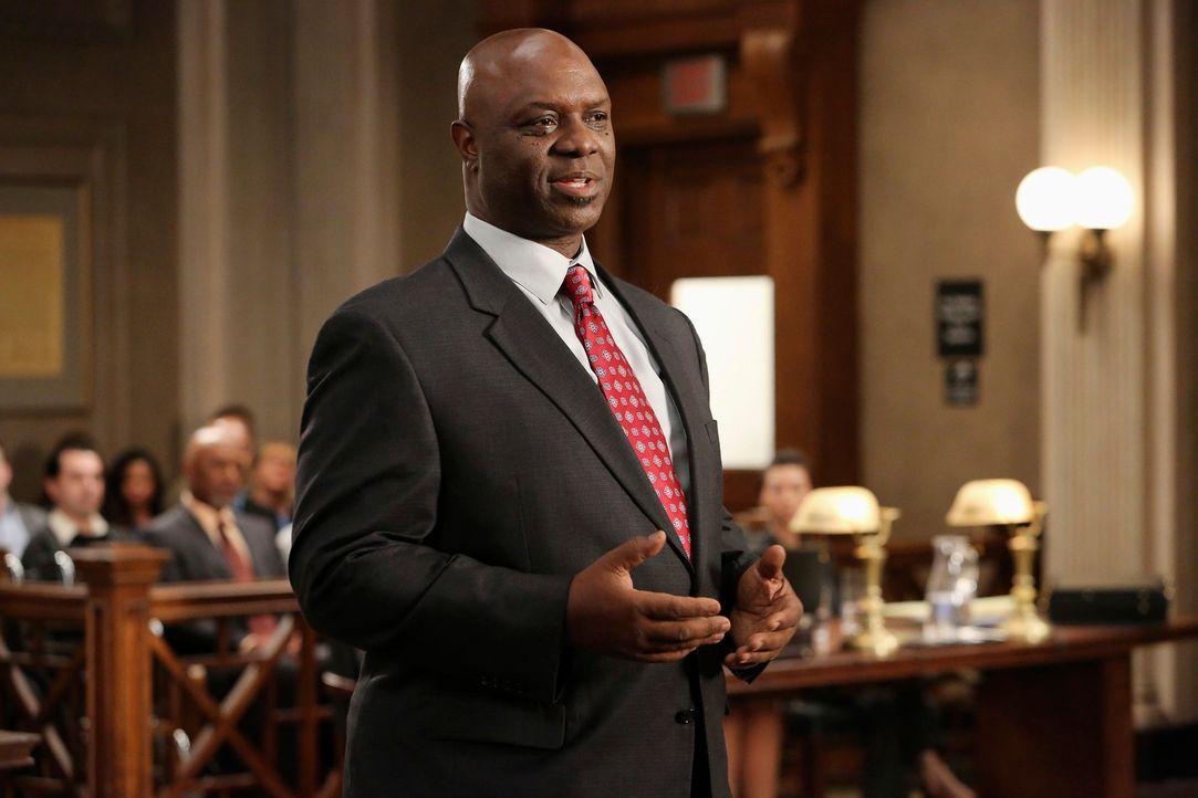 Anwalt Hamilton (Robert Ray Wisdom) verdreht vor Gericht Aussage um Aussage. Für Callie sieht es deshalb sehr schlecht aus ... - Bildquelle: ABC Studios