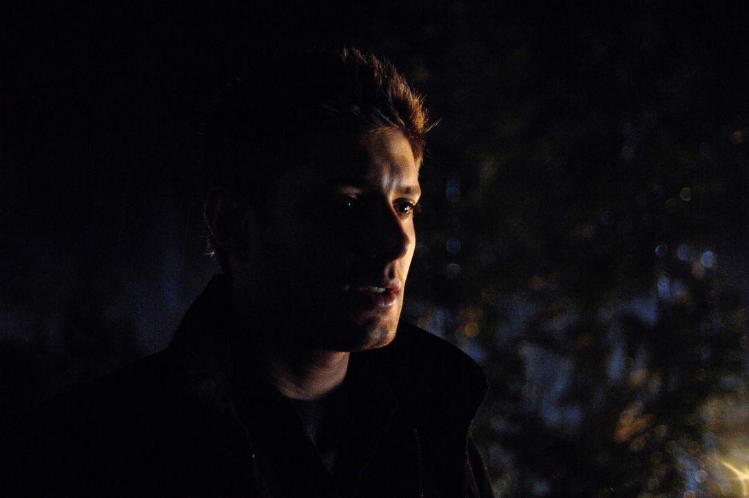Sind auf einer heißen Spur: Dean (Jensen Ackles) und Sam ... - Bildquelle: Warner Bros. Television