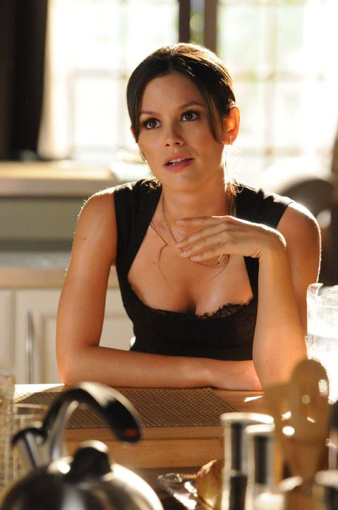 Nur eines kann Zoe (Rachel Bilson) noch daran hindern, sich dem Wahnsinn der Hitzewelle hinzugeben ... - Bildquelle: Warner Bros.