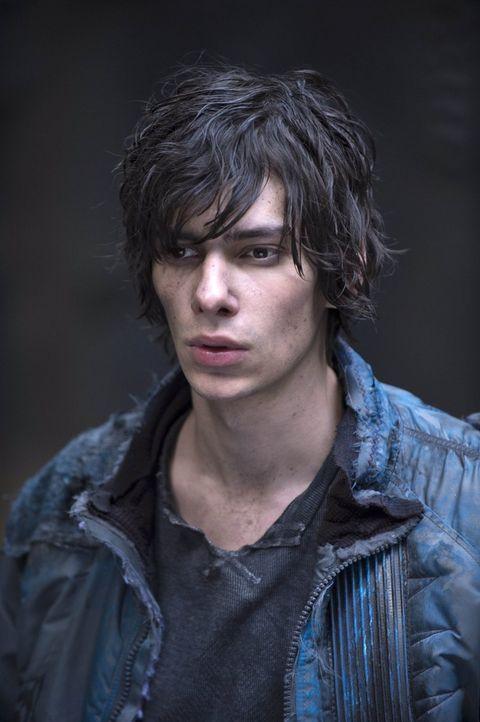 Die letzte Hoffnung im erbarmungslosen Kampf: Jasper (Devon Bostick) ... - Bildquelle: Warner Brothers