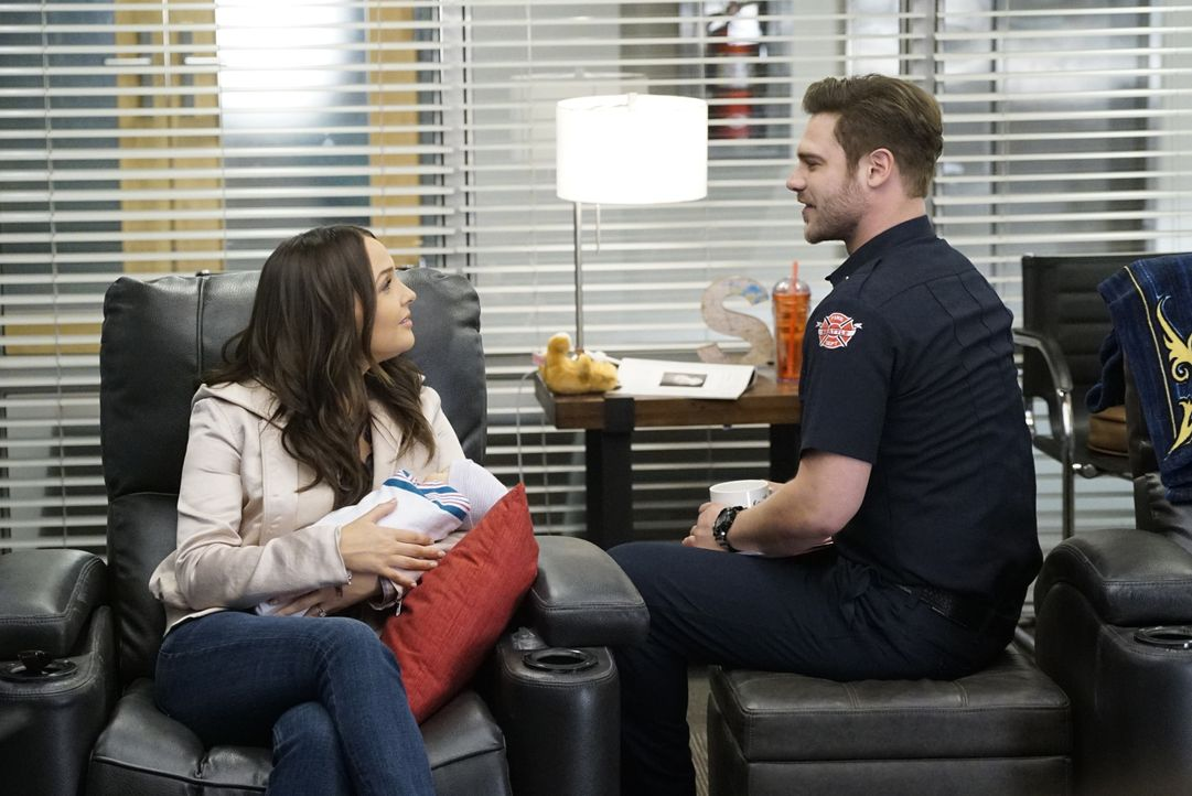 Dr. Jo Karev (Camilla Luddington, l.); Jack Gibson (Grey Damon, r.) - Bildquelle: Kelsey McNeal 2019 American Broadcasting Companies, Inc. All rights reserved. / Kelsey McNeal