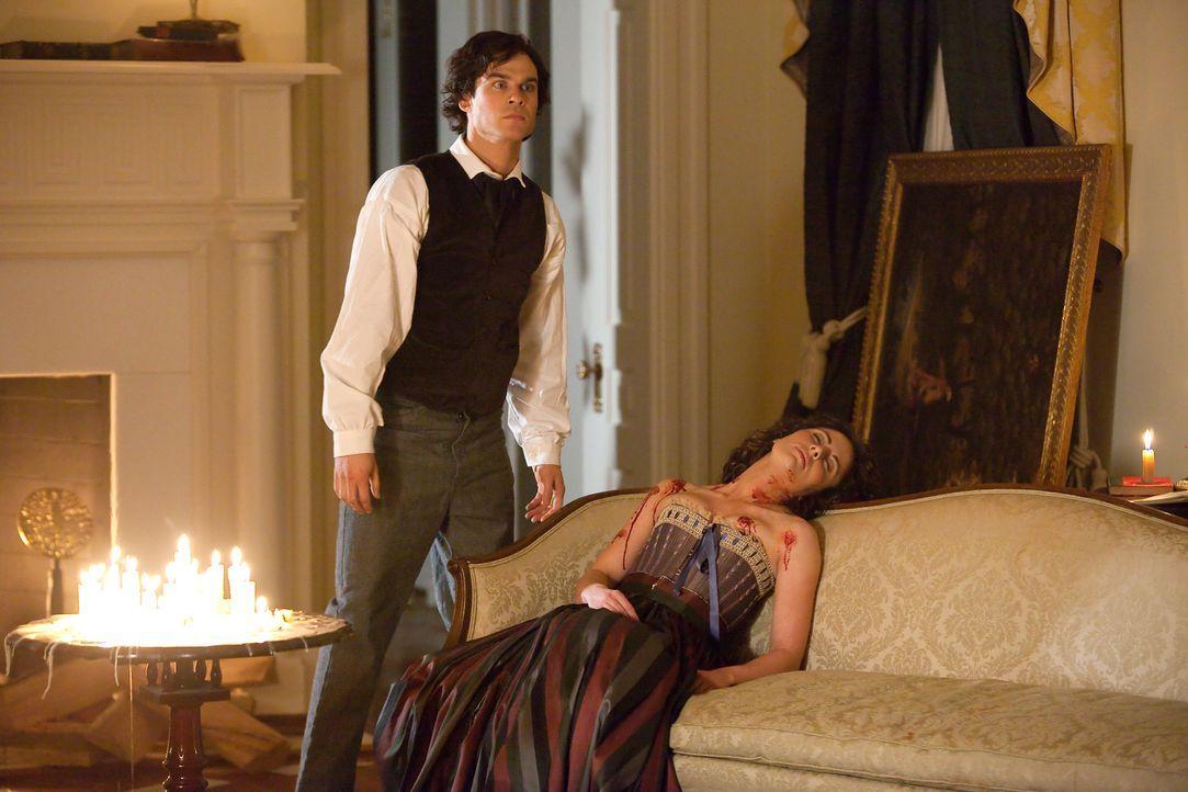 Ist entsetzt, dass sein kleiner Bruder Stefan so unvorsichtig seiner Blutlust nach geht: Damon Salvatore (Ian Somerhalder)... - Bildquelle: Warner Brothers