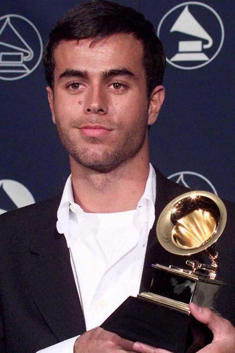 Enrique Iglesias 1997 - Bildquelle: JON LEVY / AFP