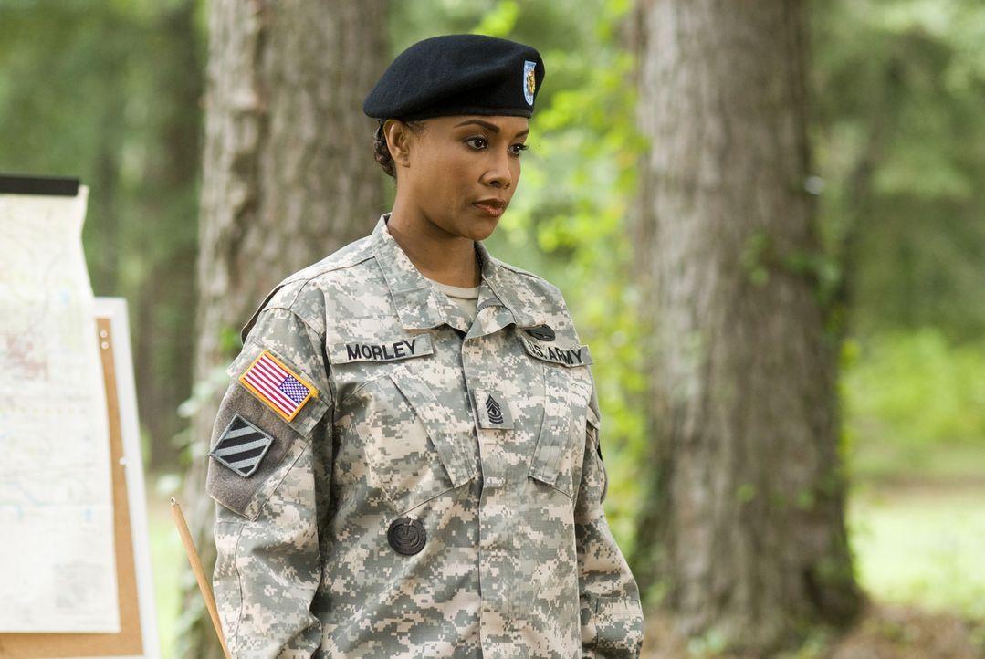 Der toughe Sergeant Louisa Morley (Vivica A. Fox) hat von Anfang an das Hollywood Starlet Megan Valentine im Visier und wird keine Fehler dulden ... - Bildquelle: 2007 MAJOR PRODUCTIONS, INC.