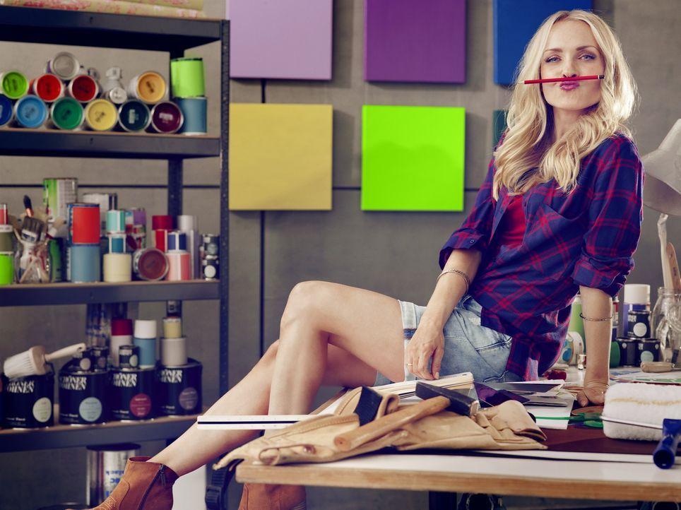 Wie macht man aus einem geschmacklosen Wohn(albt)raum eine Wohlfühloase? DIY-Expertin Janin Ullmann gelingt das an nur drei Tagen mit kreativen Upcy... - Bildquelle: Thomas von Aagh sixx