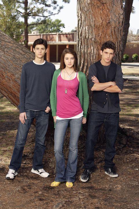 (1. Staffel) - Amy (Shailene Woodley, M.) muss sich zwischen dem Vater ihres Sohnes Ricky (Daren Kagasoff, r.) und ihrem, sie über alles liebenden F... - Bildquelle: ABC Family