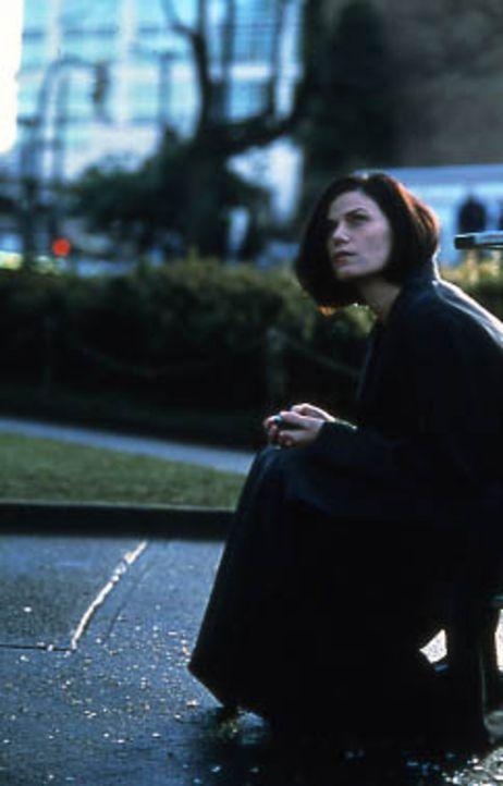 Auf dem Weg zu ihrem Liebhaber gerät die attraktive Geschäftsfrau Liberty Wallace (Linda Fiorentino) von einem Moment auf den anderen in eine schr... - Bildquelle: Kinowelt