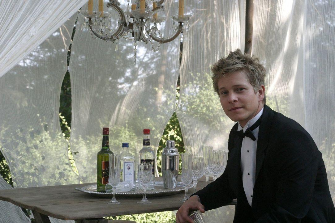 Durch Logan (Matt Czuchry) erlebt Rory zum ersten Mal ein Abenteuer, bei dem sie sich komplett fallen lassen kann. Doch Dean scheint das nicht zugef... - Bildquelle: 2004 Warner Bros.