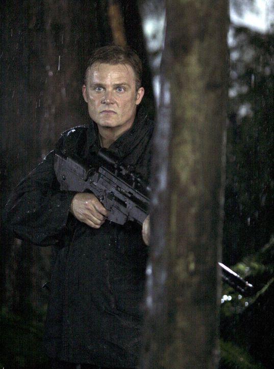 Ist Cyrus Reynolds (Andrew Jackson) ebenfalls hinter Kyle her? - Bildquelle: TOUCHSTONE TELEVISION