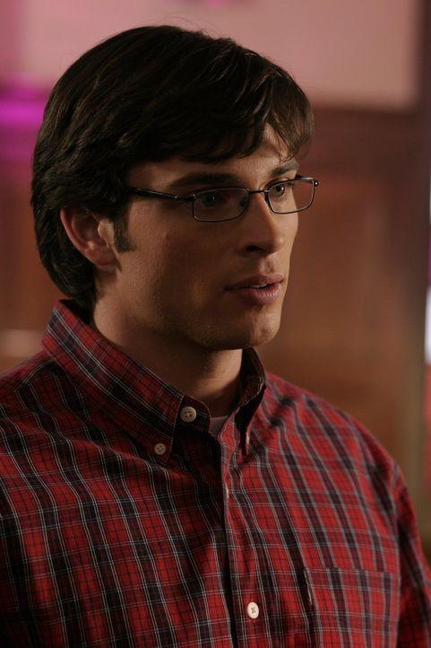 Als Clark (Tom Welling) sein Augenlicht verliert, stellt er fest, dass der ausgelöschte Sinn einen anderen aktiviert hat: Er hört nun auch die leise... - Bildquelle: Warner Bros.