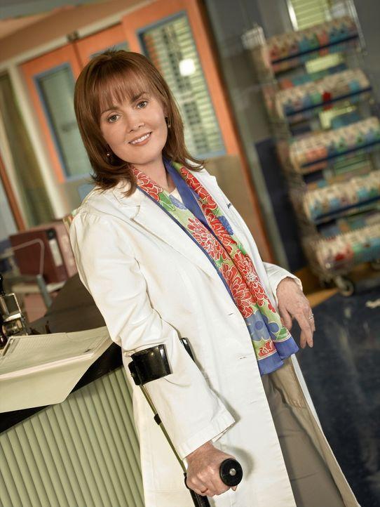 (13. Staffel) - In nur wenigen Sekunden muss Dr. Kerry Weaver (Laura Innes) über Leben und Tod entscheiden ... - Bildquelle: Warner Bros. Television
