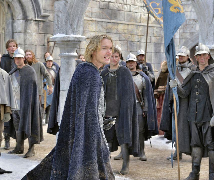 Prinz Francis (Toby Regbo, vorne) muss sich an die Spitze des Kampfes gegen England stellen, denn sein Vater Henry II. verfällt mehr und mehr dem Wa... - Bildquelle: 2013 The CW Network, LLC. All rights reserved.