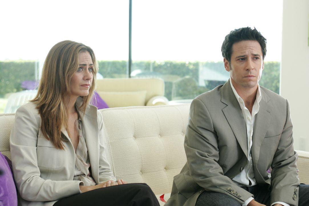 Der aktuelle Fall bereitet ihnen Kopfzerbrechen: Don Eppes (Rob Morrow, r.) und Megan Reeves (Diane Farr, l.) ... - Bildquelle: Paramount Network Television