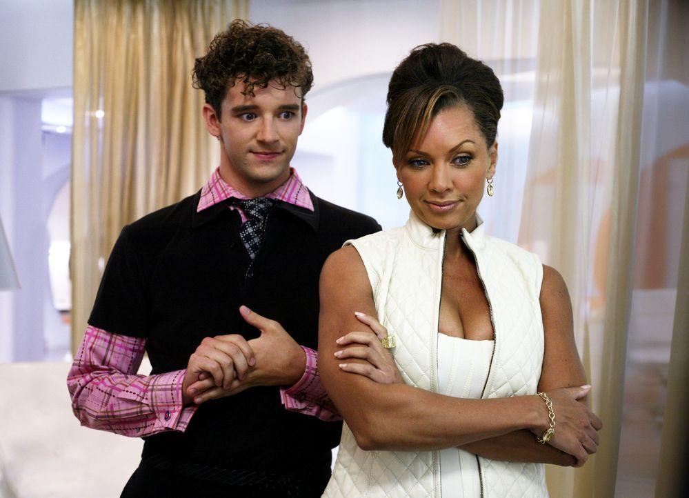 Führen nichts Gutes im Schilde: Wilhelmina (Vanessa Williams, r.) und Marc (Michael Urie, l.) ... - Bildquelle: Buena Vista International Television