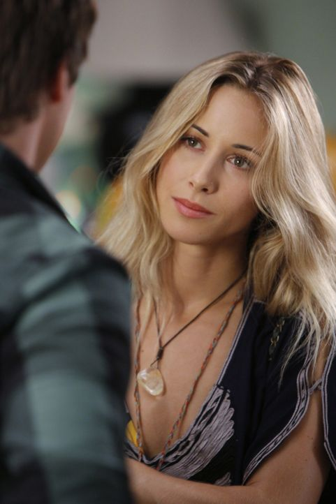 Ist Ivy (Gillian Zinser) Naomis neue Konkurrentin in Sachen Liam? - Bildquelle: TM &   CBS Studios Inc. All Rights Reserved