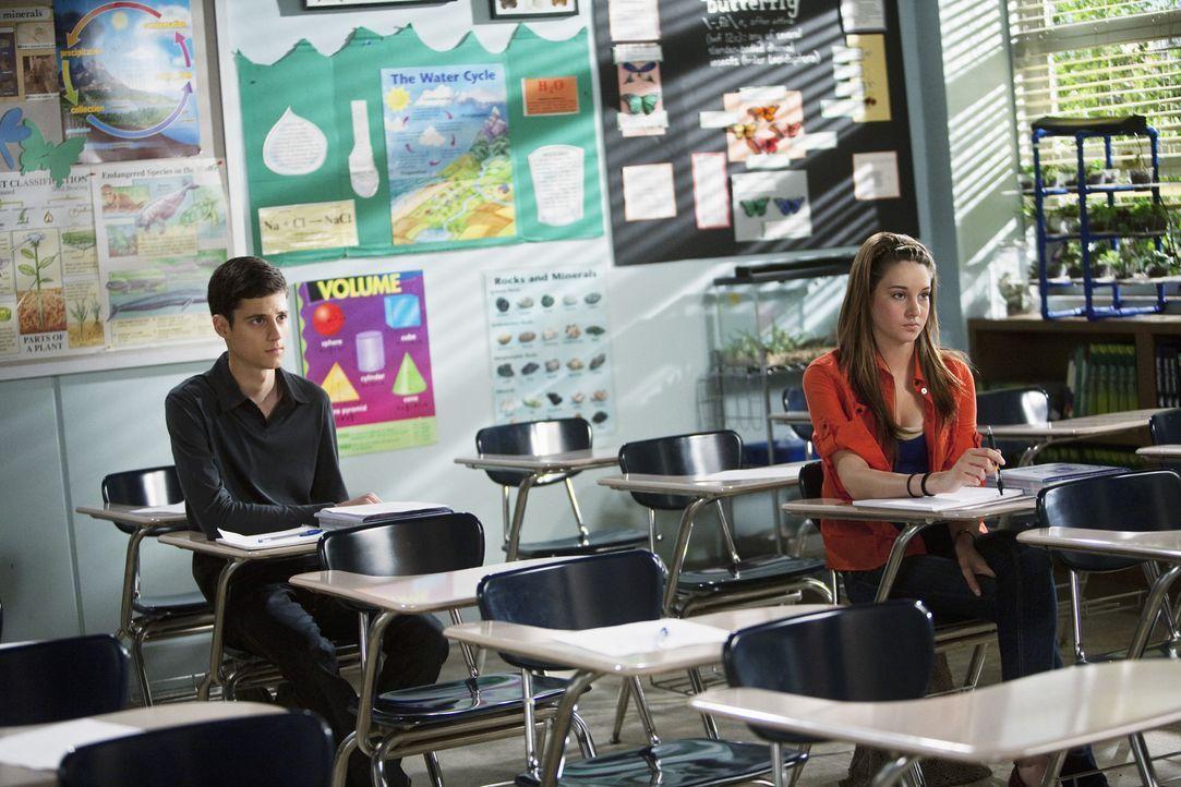 Wird Ben (Ken Baumann, l.) die Beziehung mit Amy (Shailene Woodley, r.) beenden?
