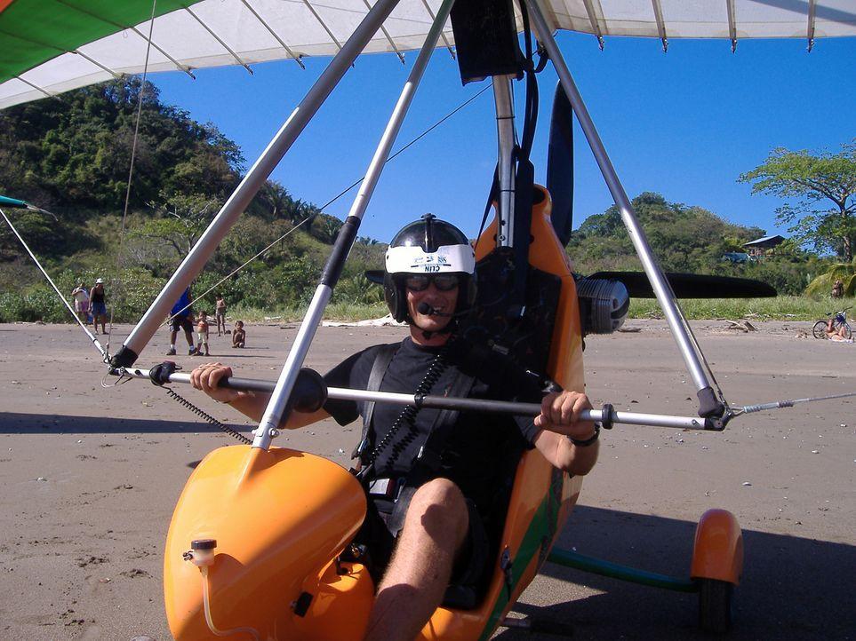 Der ehemalige Lufthansa Pilot Guido hat sich in dem mittelamerikanischen Land seinen Traum erfüllt und eine Hotelanlage inklusive Flugschule eröff... - Bildquelle: kabel eins