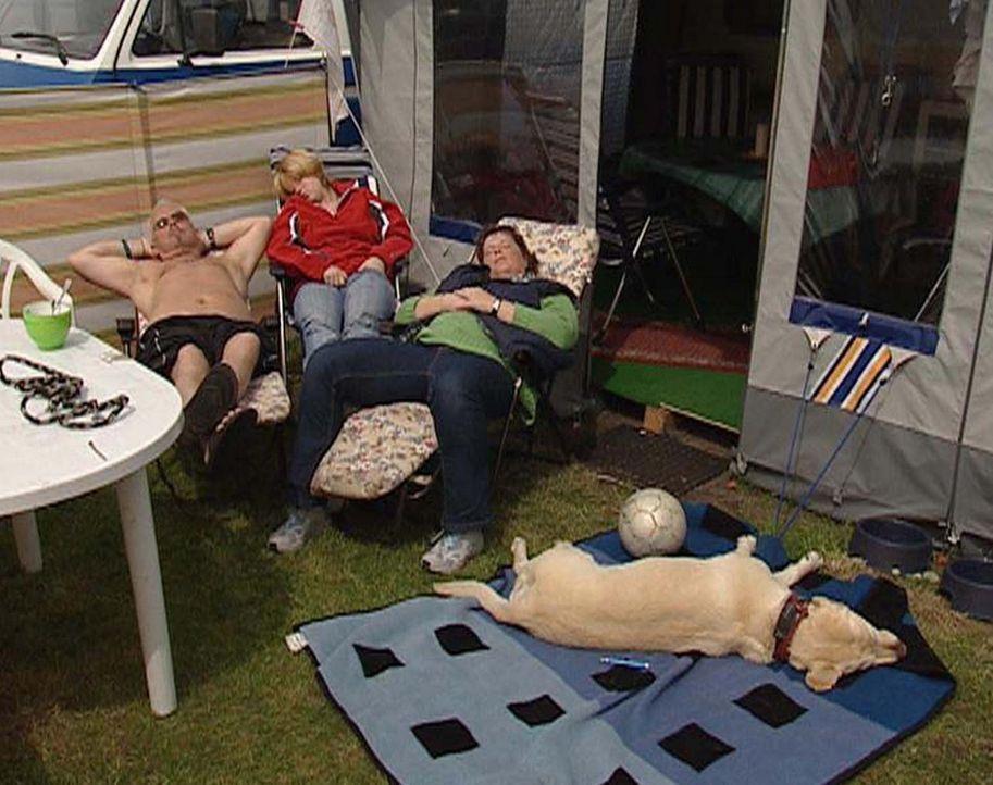 Mittagsruhe auf dem Zeltplatz - Bildquelle: ProSieben