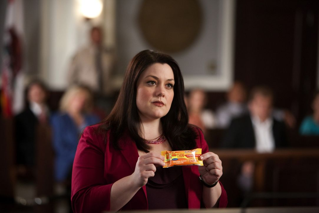 Während Jane (Brooke Elliott) eine Frau, deren Tochter ernsthaft erkrankt ist, weil sie sich an den strikten Diätplan der prominenten Ernährungse... - Bildquelle: 2009 Sony Pictures Television Inc. All Rights Reserved.