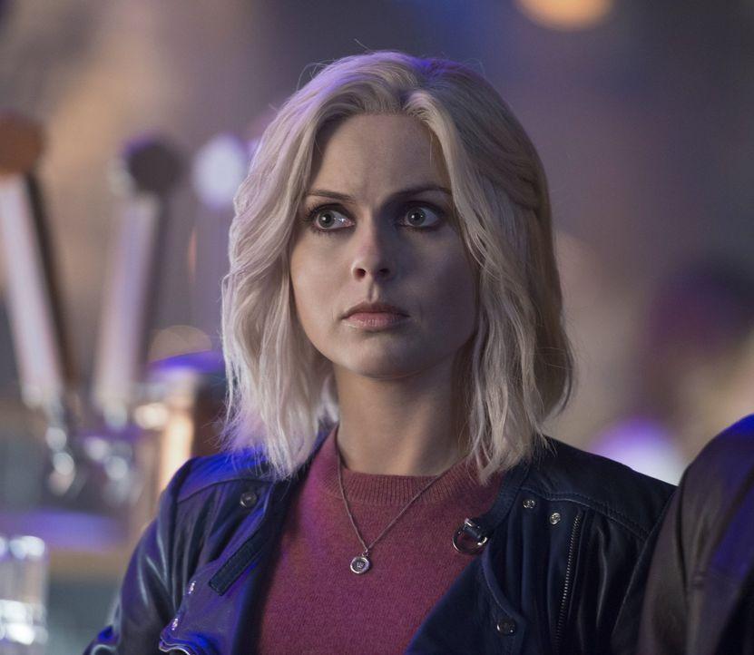 Liv (Rose McIver) wird klar, dass sie sich mit ihren Gefühlen für Major auseinandersetzten muss, doch dieser hat momentan ganz andere Probleme ... - Bildquelle: 2014 Warner Brothers