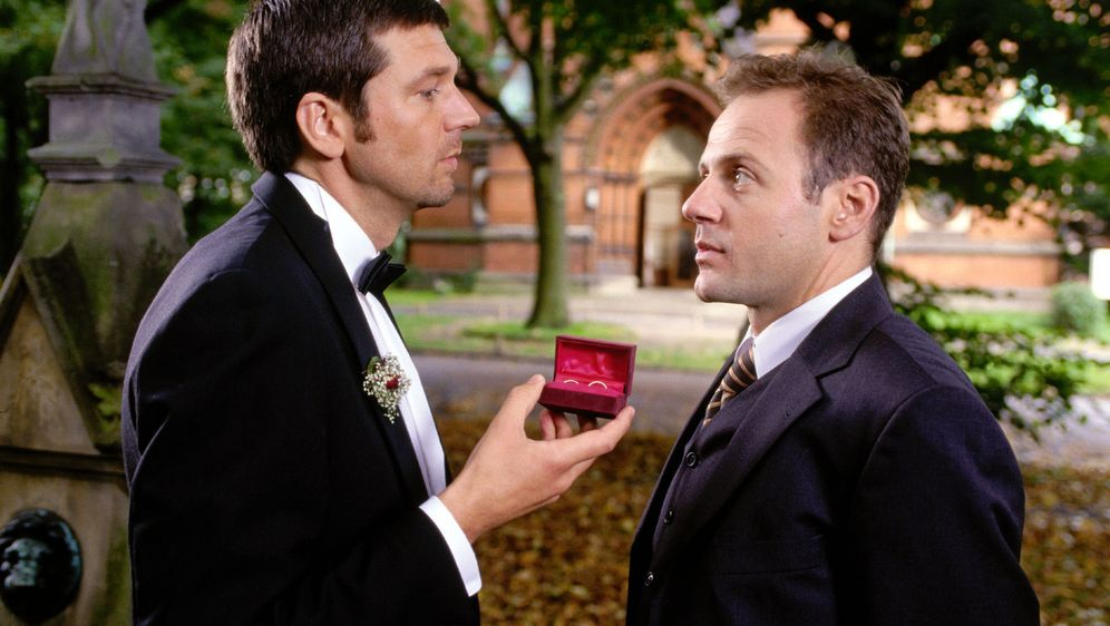 Am Ende der Hochzeitsnacht - Bildquelle: Sat.1