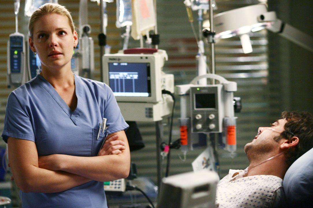 Angeblich passieren Todesfälle im OP immer in Siebener-Gruppe und da bereits drei Patienten im OP gestorben sind, macht sich Izzie (Katherine Heigl,... - Bildquelle: Touchstone Television