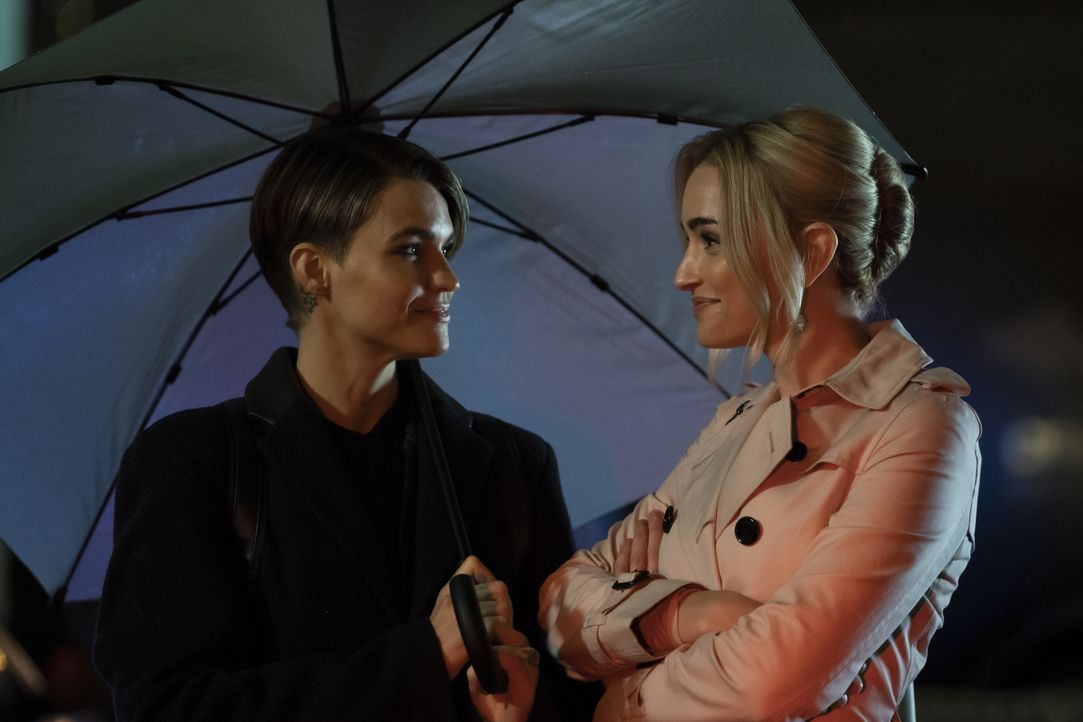 Kate Kane (Ruby Rose, l.); Reagan (Brianne Howey) - Bildquelle: 2020 The CW Network, LLC. All rights reserved.