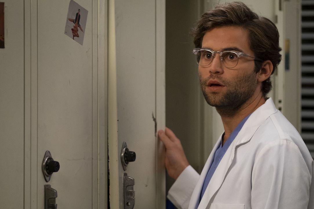 Dr. Levi Schmitt (Jake Borelli) - Bildquelle: John Fleenor ABC Studios / John Fleenor