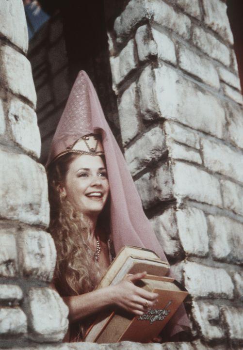 Sabrina (Melissa Joan Hart) wurde von einem Troll in sein Schloss entführt und wartet auf Harvey, der sie befreien soll ... - Bildquelle: Paramount