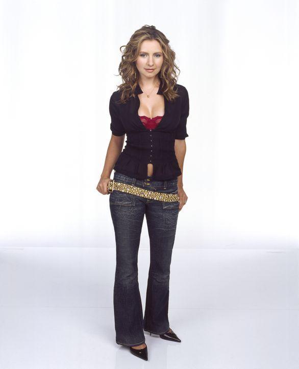(9. Staffel) - Lucy (Beverly Mitchell) ist stolz, die Hilfspastorin ihres Vaters zu sein. - Bildquelle: The WB Television Network