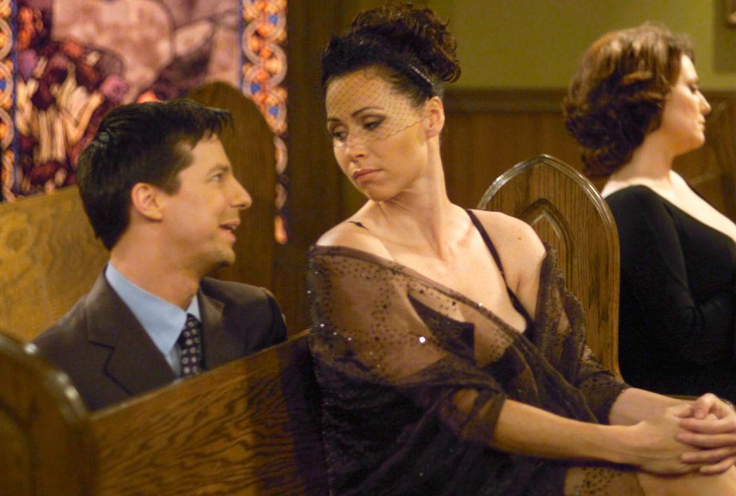 Jack (Sean Hayes, l.) versucht die Bekanntschaft mit Lorraine Finster (Minnie Driver, r.) zu machen ... - Bildquelle: NBC Productions