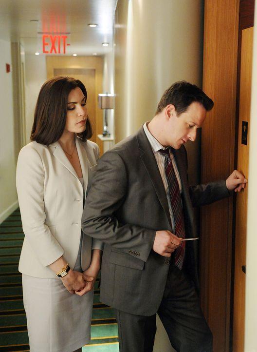 Landen gemeinsam in einem Hotelzimmer: Will (Josh Charles, r.) und Alicia (Julianna Margulies, l.) - Bildquelle: CBS Broadcasting Inc. All Rights Reserved