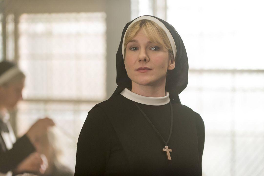 Der Teufel wohnt in Schwester Mary Eunice McKee (Lily Rabe) und macht weiterhin Briarcliff unsicher ... - Bildquelle: 2012-2013 Twentieth Century Fox Film Corporation. All rights reserved.