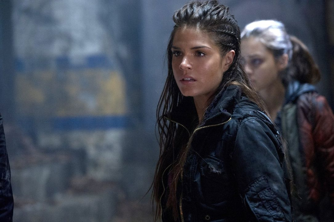 Auch, wenn Octavia (Marie Avgeropoulos) ihren Lincoln zurück hat, weiß keiner so genau, wie viel von dem Reaper noch in ihm schlummert ... - Bildquelle: 2014 Warner Brothers