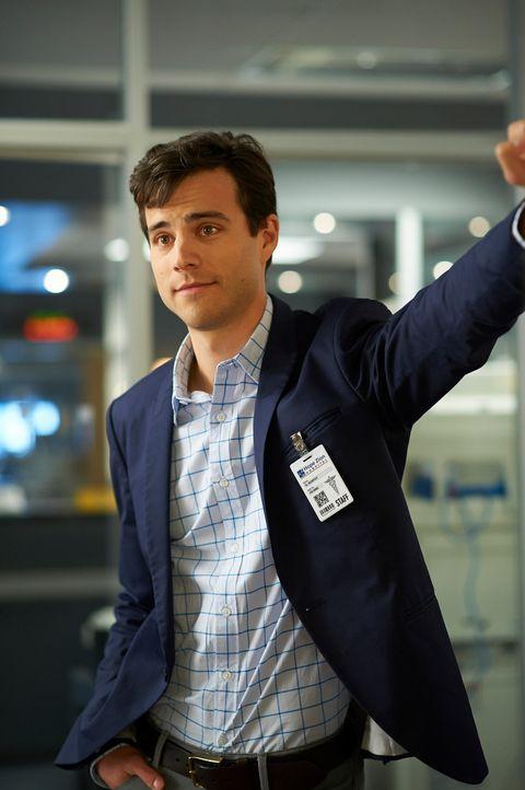 Gavin (Kristopher Turner) muss eine Entscheidung treffen, die sein Leben verändern könnte ... - Bildquelle: 2012  Hope Zee One Inc.