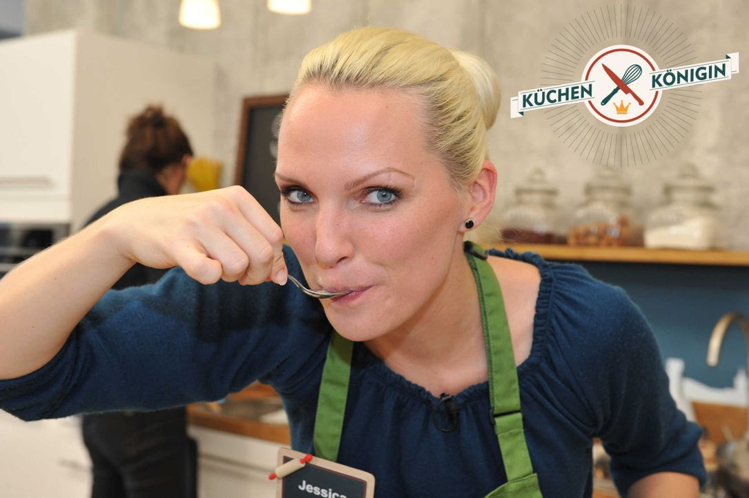 Küchenkönigin - Das Topfduell: Wird es Jessica schaffen, mit einem Budget von 30 Euro und einer Einkaufszeit von 30 Minuten ein Drei-Gänge-Menü... - Bildquelle: Andre Kowalski sixx