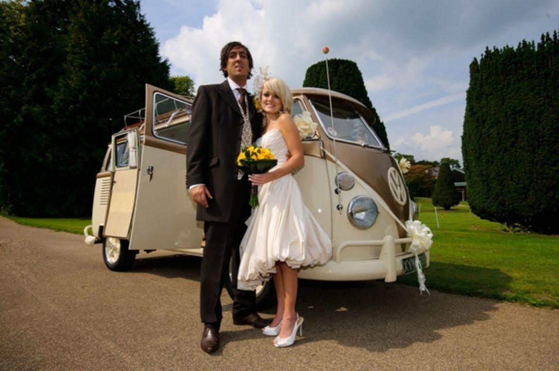 Festival-Fan Hywel (l.) kennt seine zukünftige Braut gerade mal ein Jahr. Nun wird er die gesamte Hochzeitsorganisation in die Hand nehmen - ohne au...