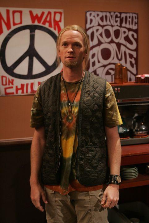 In einem uralten Video ist Barney (Neil Patrick Harris) kaum wiederzuerkennen ... - Bildquelle: 20th Century Fox International Television