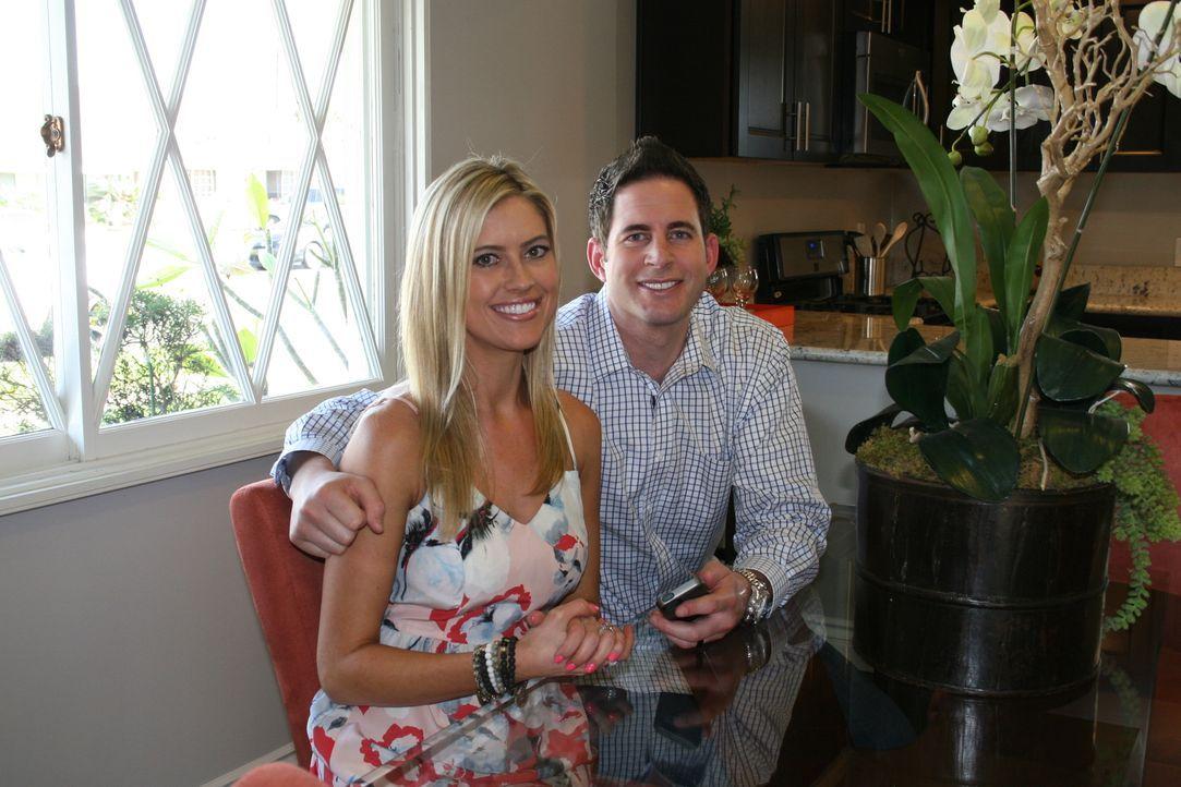 Haben Tarek (r.) und Christina (l.) mit dem Schnäppchen-Haus in Buena Park wirklich einen guten Deal gemacht? - Bildquelle: 2014, HGTV/Scripps Networks, LLC. All Rights Reserved.