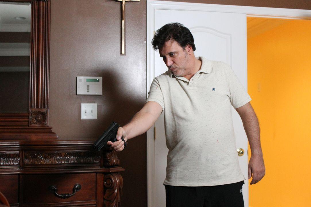 Nachdem seine Ehefrau ihn verlassen hat, bricht für Jim eine Welt zusammen und er wird von Hass und Rachegedanken erfüllt ... - Bildquelle: Atlas Media Corp.