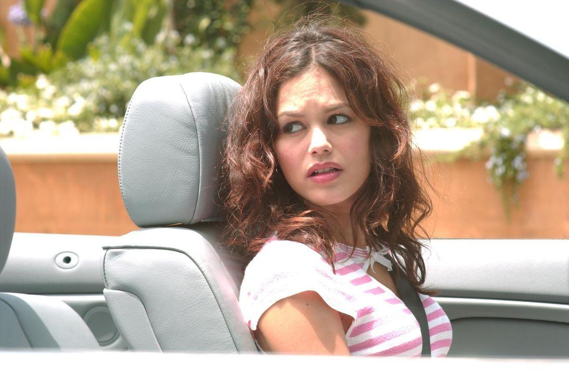 Summer (Rachel Bilson) macht sich Sorgen um Marissa und stellt sie deshalb zur Rede. So erfährt sie, dass Marissa eine Affäre mit dem Gärtner DJ... - Bildquelle: Warner Bros. Television