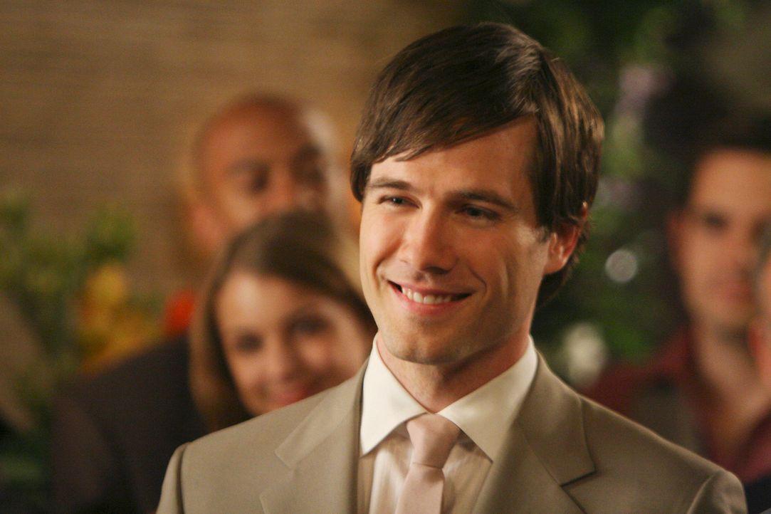 Ist glücklich verliebt: Scotty (Luke MacFarlane) - Bildquelle: Disney - ABC International Television