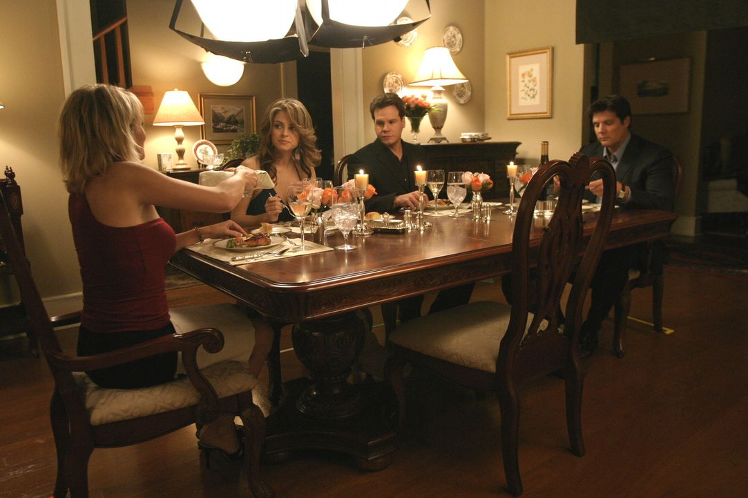 Spannung ist bei diesem Aufeinandertreffen garantiert: (v.l.n.r.) Deb (Barbara Alyn Woods), Jules (Maria Menounos), Keith (Craig Sheffer) und Dan (P... - Bildquelle: Warner Bros. Pictures