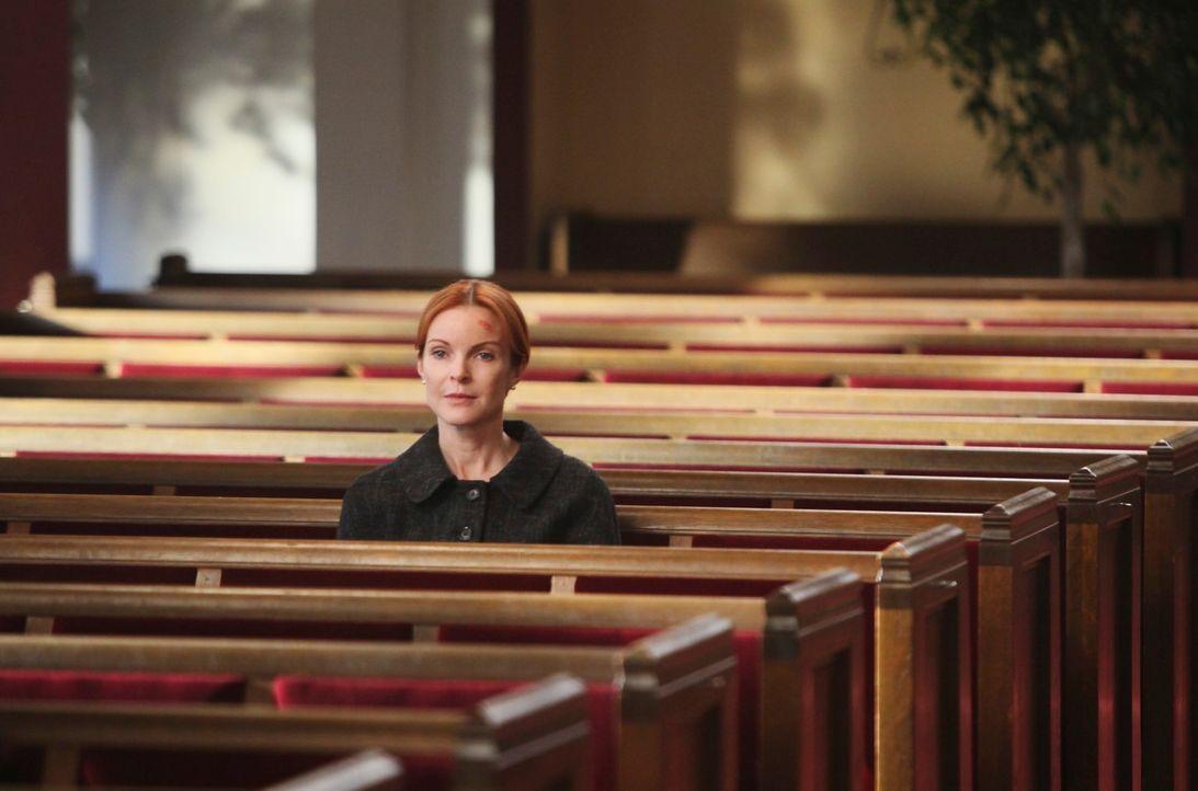 Bree (Marcia Cross) kann nicht fassen, dass Karl bei dem schrecklichen Unglück am Weihnachtstag ums Leben gekommen ist ... - Bildquelle: ABC Studios