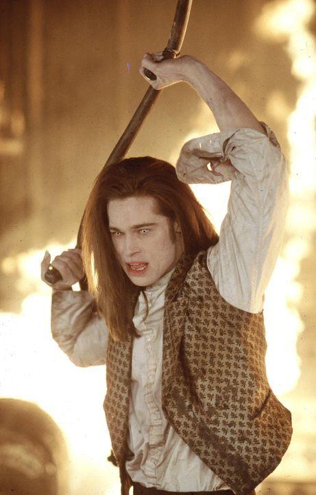 Einst wünschte er sich, zu sterben und ein Vampir namens Lestat erfüllte ihm diesen Wunsch. Nun ist er dazu verdammt, vom Blut anderer Lebewesen zu... - Bildquelle: Warner Bros.