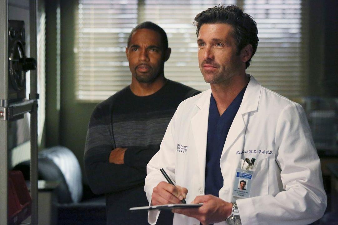 Halloween steht vor der Tür: Dr. Ben Warren (Jason Winston George, l.) ist nach Seattle gekommen, um mit seiner Familie zu feiern, während Derek (... - Bildquelle: ABC Studios